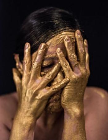 From La Biennale di Venezia to MACRO. International Perspectives: María Verónica León Veintemilla GOLD WATER:  APOCALYPTIC BLACK MIRRORS II